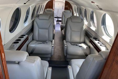 King-Air-350-11.jpg