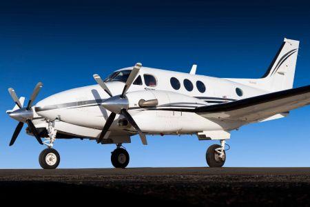 2000-King-Air-C90B-1.jpg