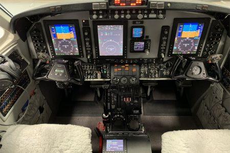 King-Air-350-15.jpg
